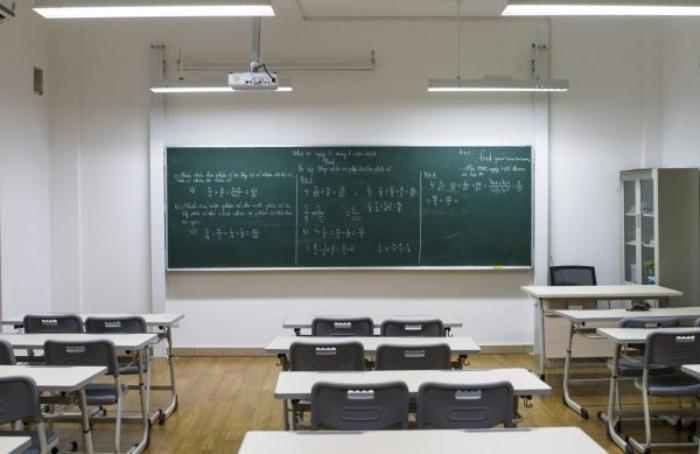 Bảng trượt là công cụ thông minh giúp người dùng viết được rất nhiều thông tin ở cùng một diện tích