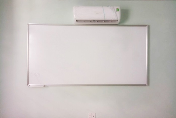 Bảng từ trắng viết bút được thiết kế với đa dạng kích thước khác nhau